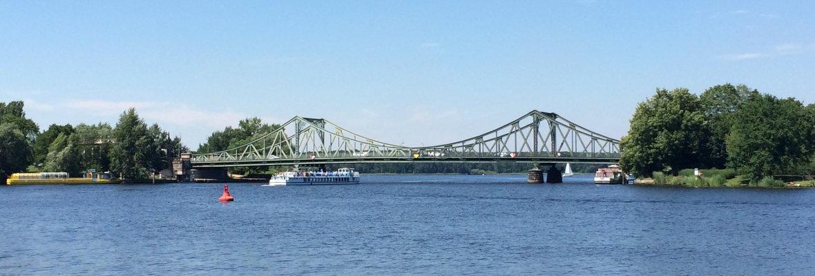 Die Glienicker Brücke - deutsch-deutsche Geschichte