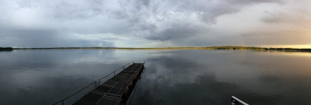 Stille - Steg in den Wolziger See